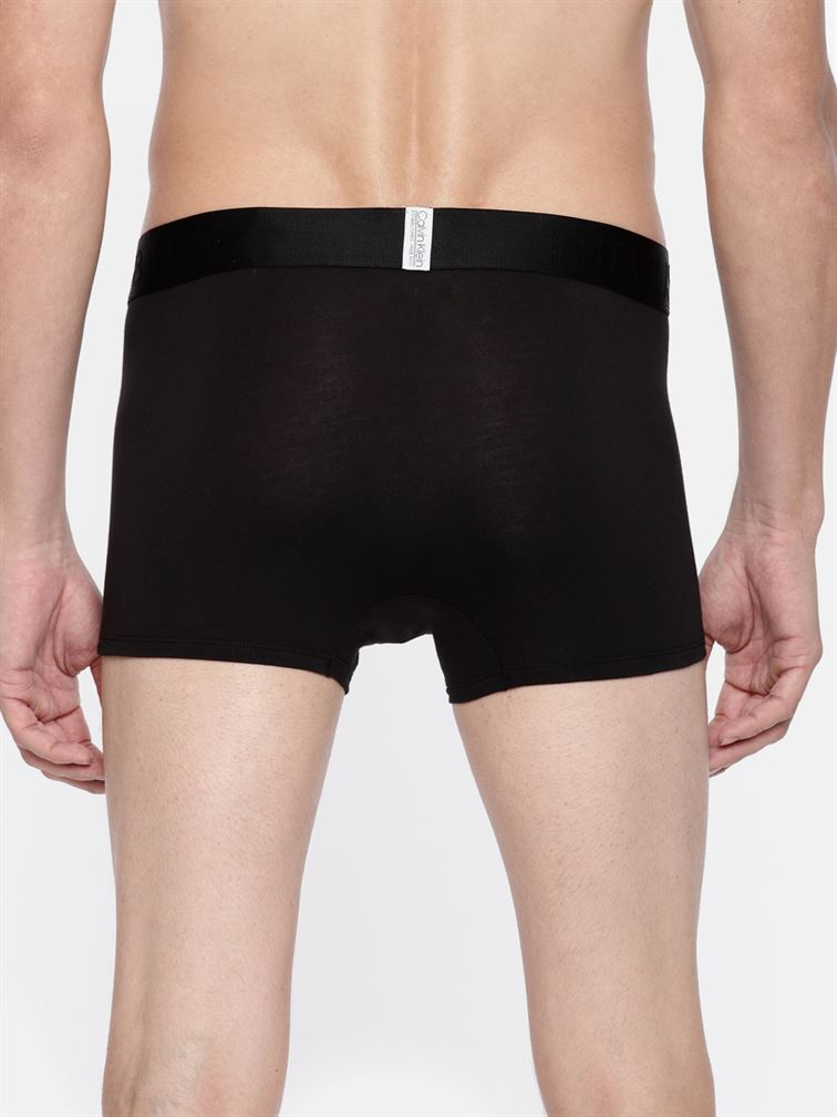 Calvin Klein Men Solid Trunk