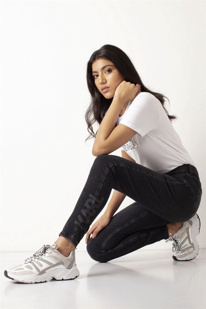 Cover Story Women Casual Wear Black Jeans