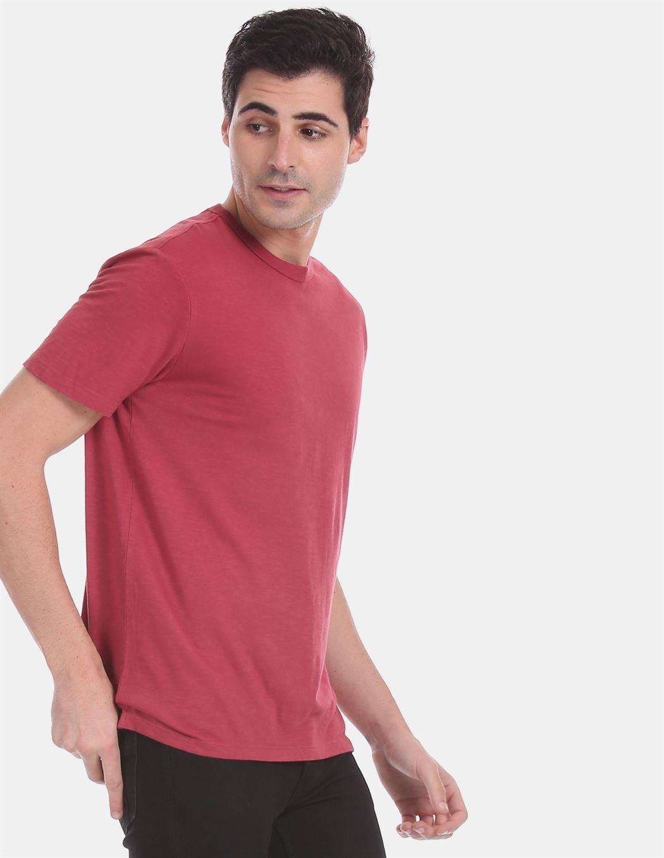 Gap Men Casual Wear Red T-Shirt