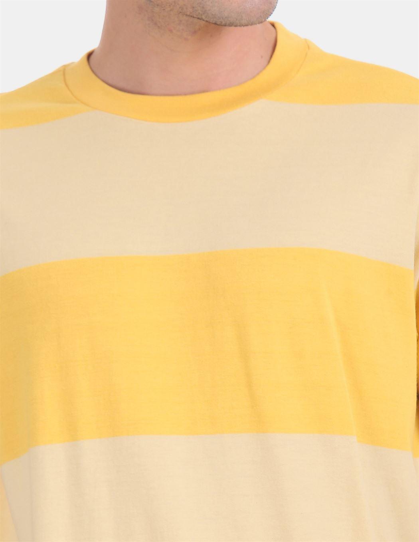Gap Men Casual Wear Yellow T-Shirt