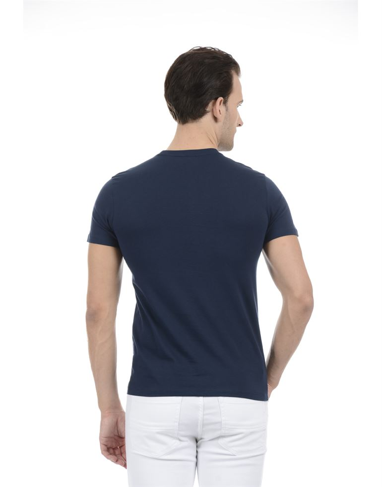 United Colors of Benetton Men Casual Wear Graphic Print Navy Blue T-Shirt