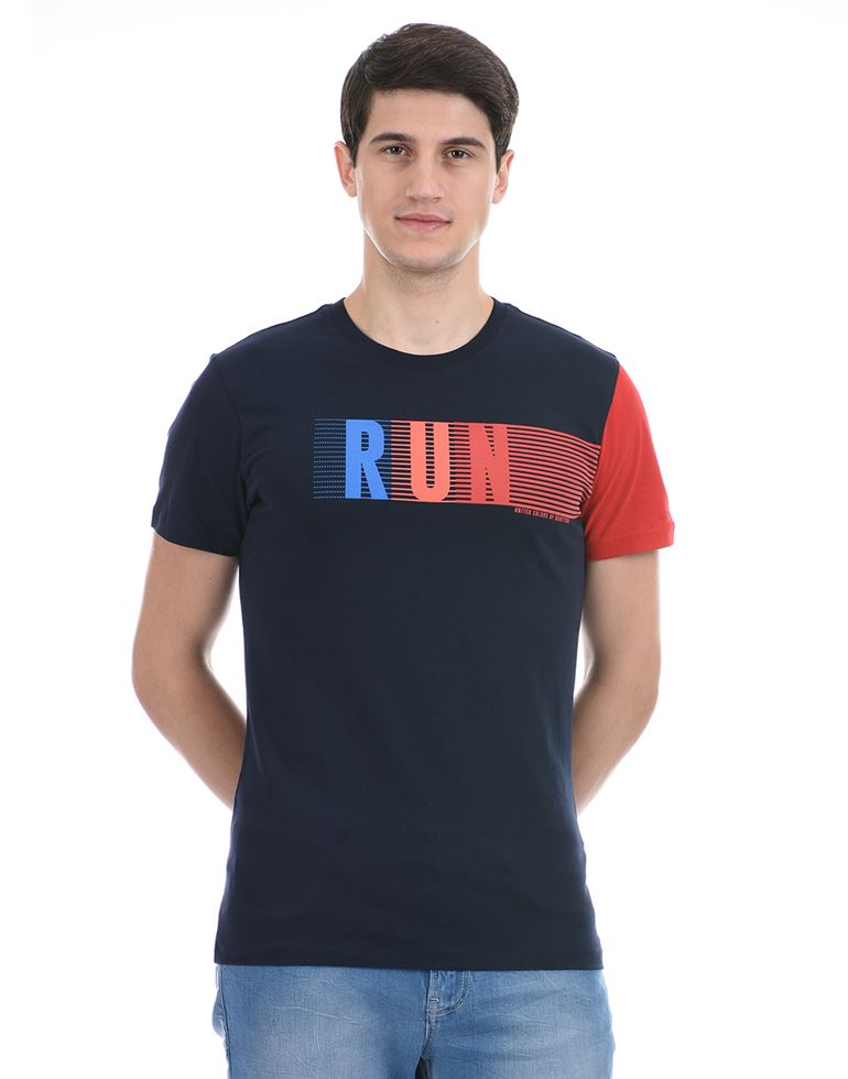 United Colors of Benetton Men Casual Wear Navy Blue T-Shirt