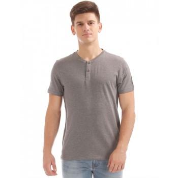 Arrow Men Casual Wear Solid T-Shirt