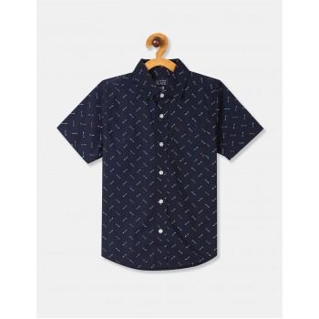 The Children's Place Boys Blue Short Sleeve Arrow Print Button Down Shirt