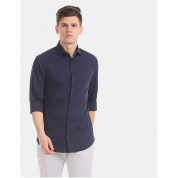 Tommy Hilfiger Men Blue Solid Casual Shirt