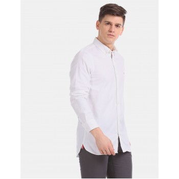 Tommy Hilfiger Men White Solid Casual Shirt