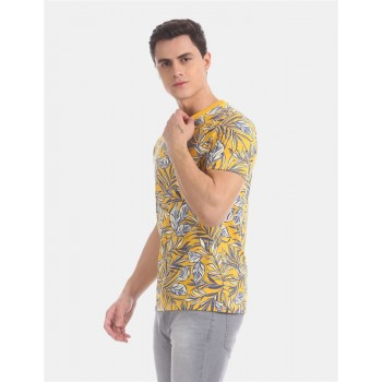 Aeropostale Men Casual Wear Yellow T-Shirt