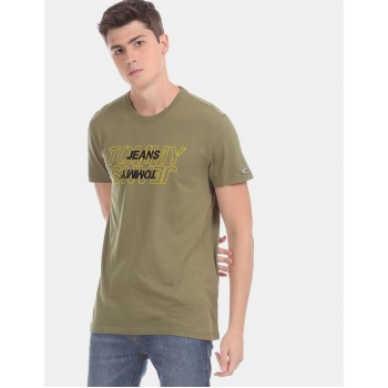 Tommy Hilfiger Men Green Solid Casual T-Shirt