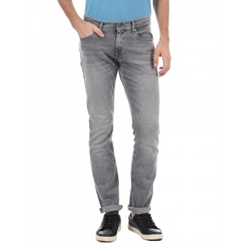 Tommy Hilfiger Men Solid Casual Wear Jeans