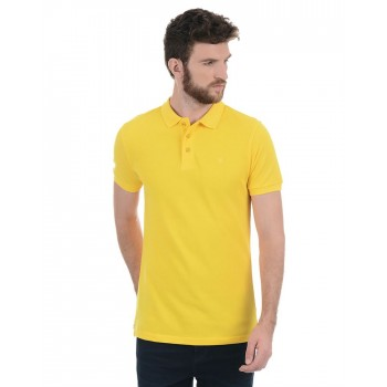 Benetton Men Casual Wear Solid T-Shirt