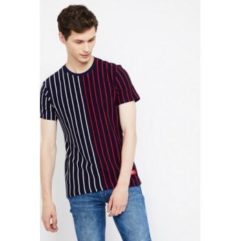 United Colors of Benetton Men Casual Wear Striped T-Shirt