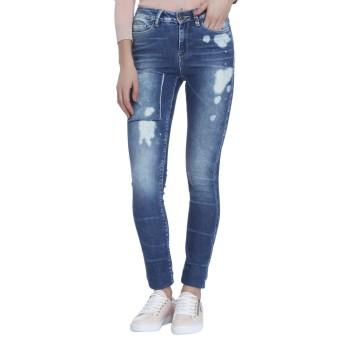 Vero Moda Casual Wear Solid Women Jeans