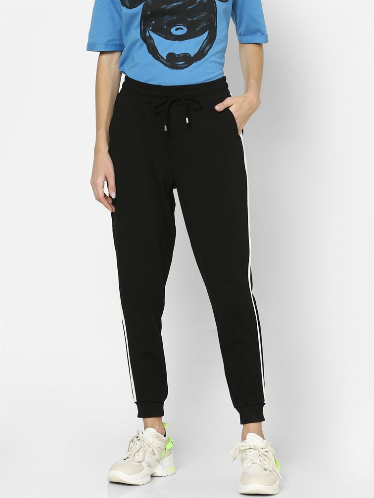 Only Women Casual Wear Black Trackpants